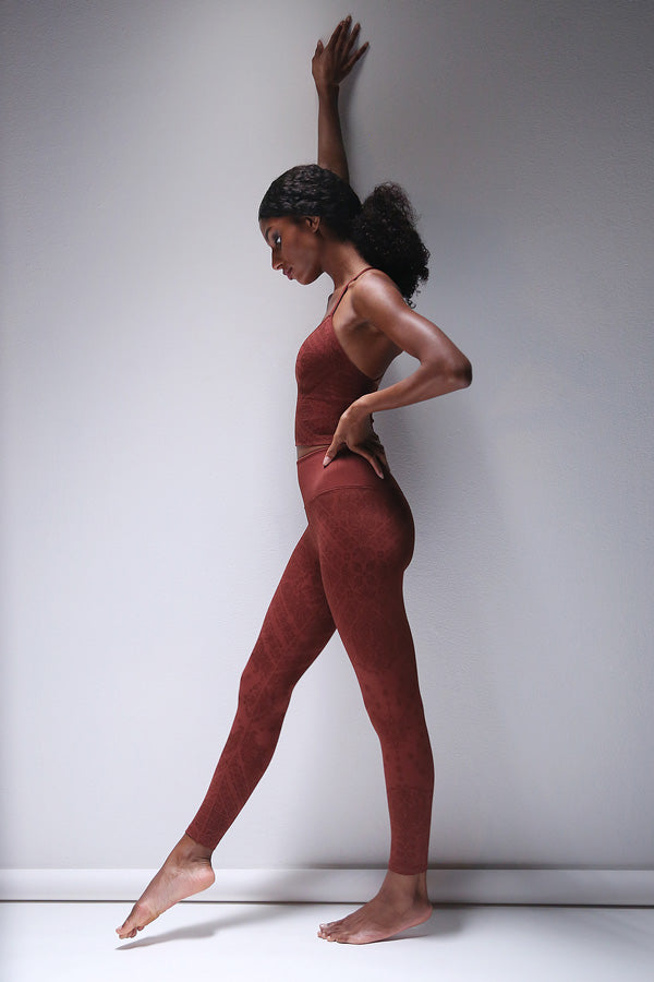 Priya Paisley Legging in Fired Brick
