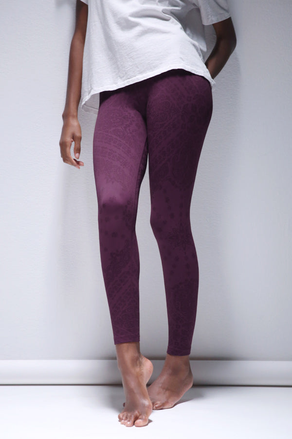 Priya Paisley Legging in Potent Purple