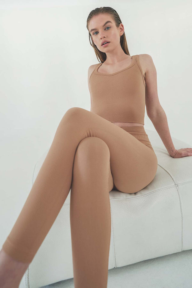 Remi 7/8 Legging in Sand Beige