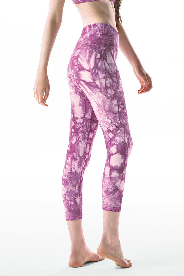 Rock Wash Mid Rise Universal 7/8 Legging in Lavender Rock Wash