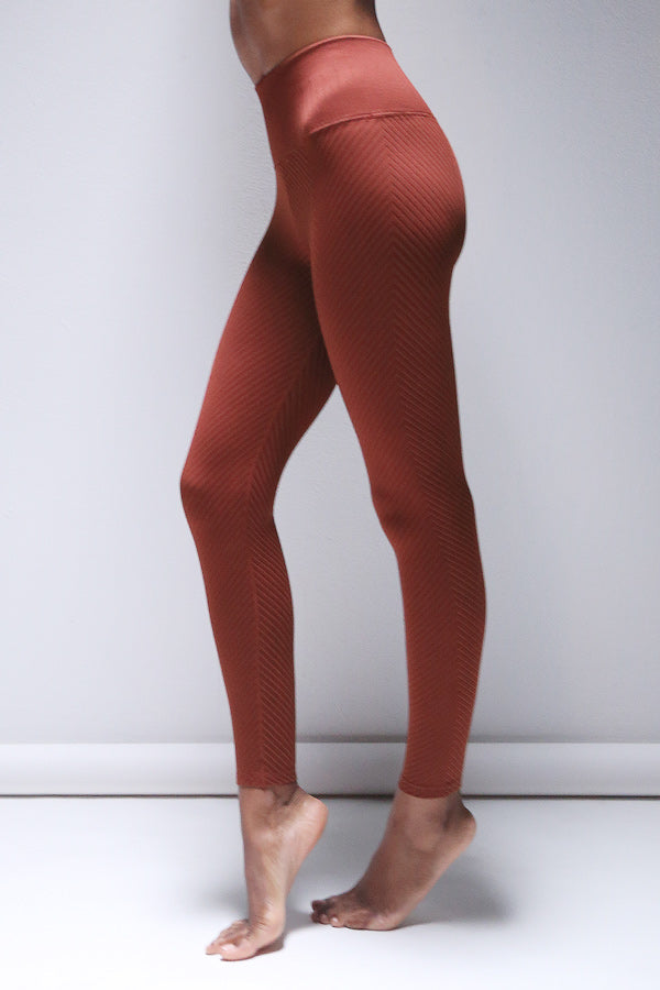 Shayna Chevron Legging in Fired Brick