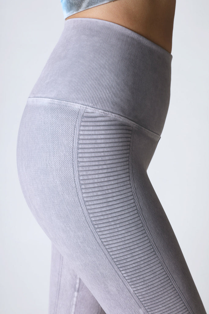 Air Legging in Vintage Cool Grey