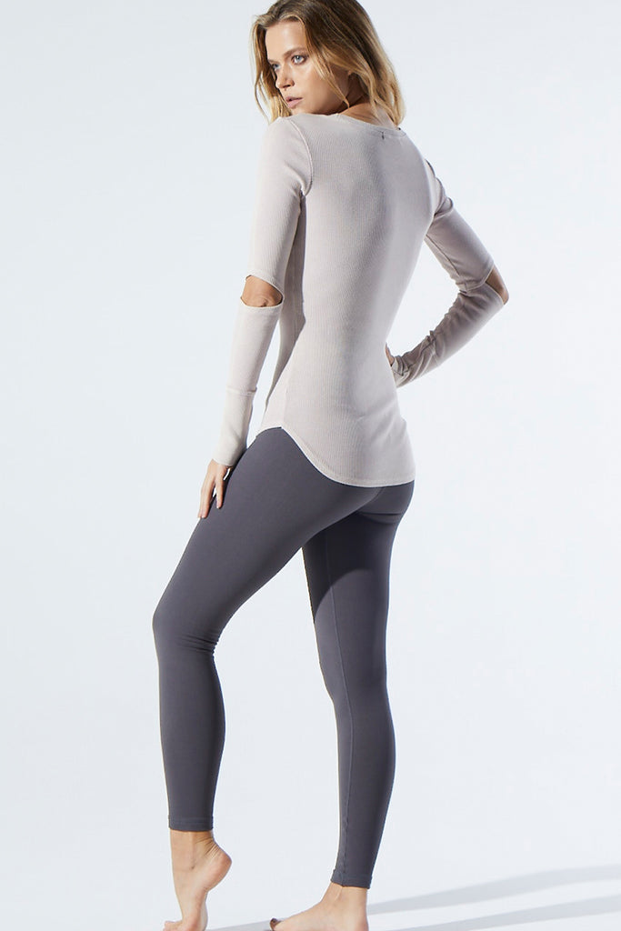 Universal Legging in Charcoal