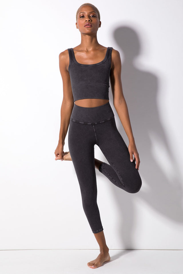 Renee 7/8 Rib Legging in Vintage Black
