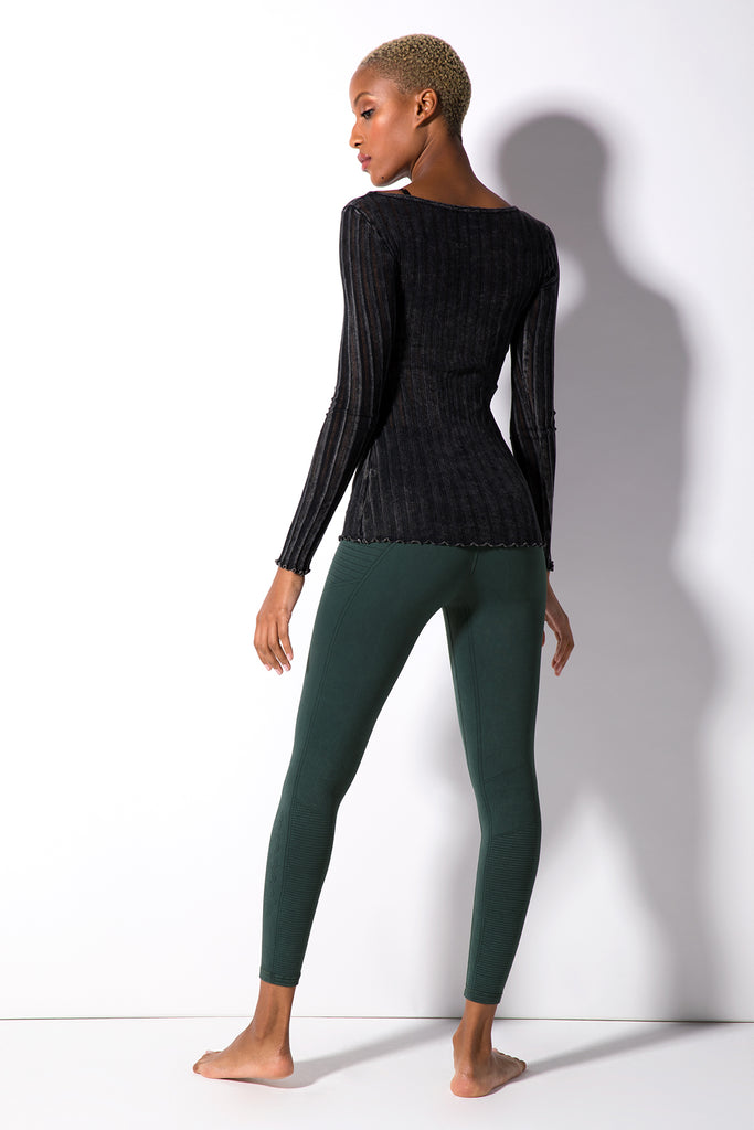 Taylor U-Neck Long Sleeve Top in Vintage Black