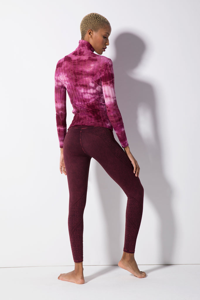 Maisie Marrow Turtleneck Top in Wild Cherry Wash