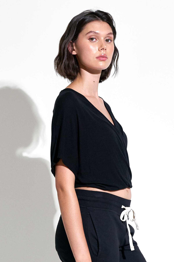 Wylie S/S Wrap Top in Black
