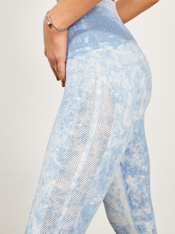 Unforgettable Legging in Zen Blue Mist