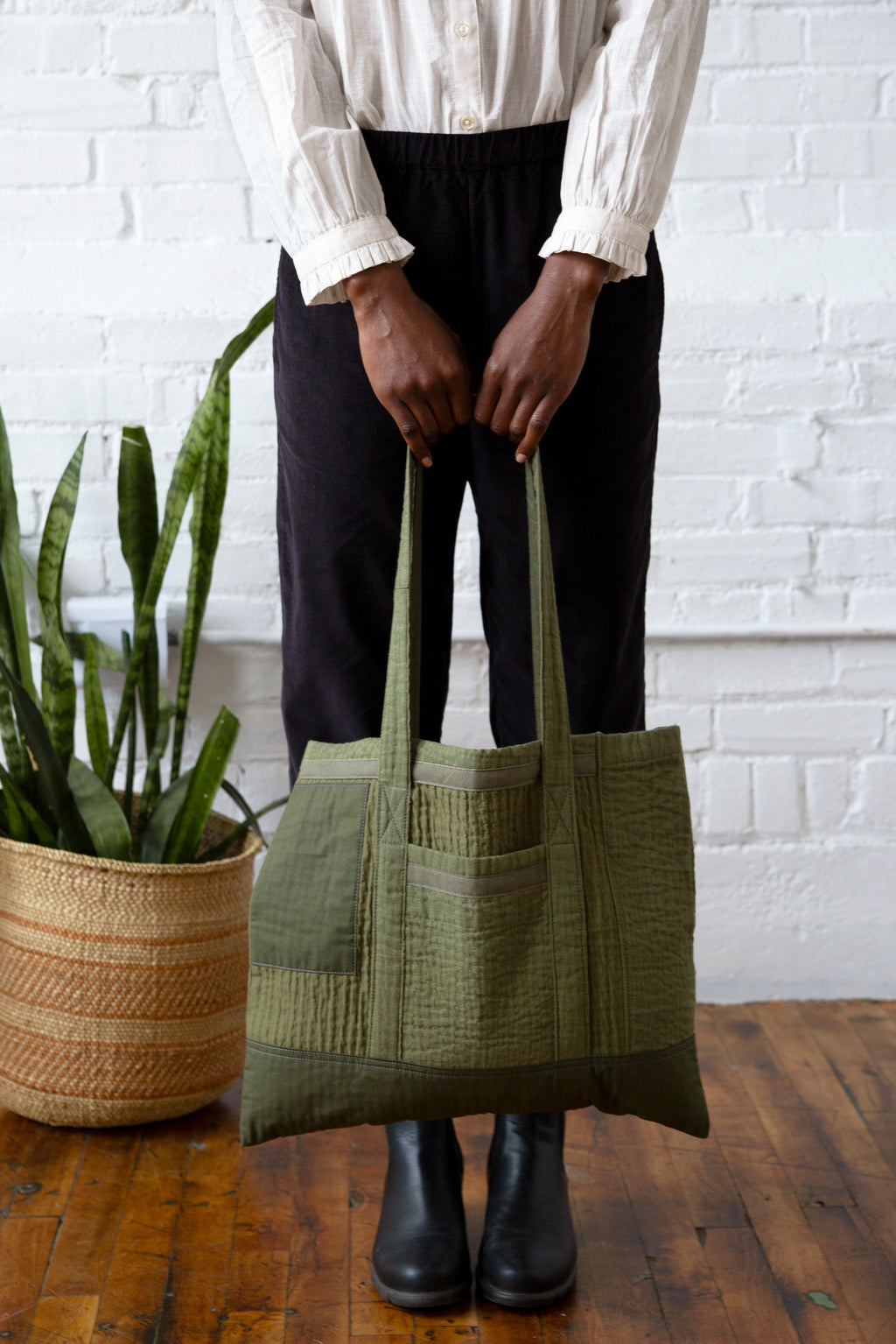 Hamid Holloman Quilted Tote Bag