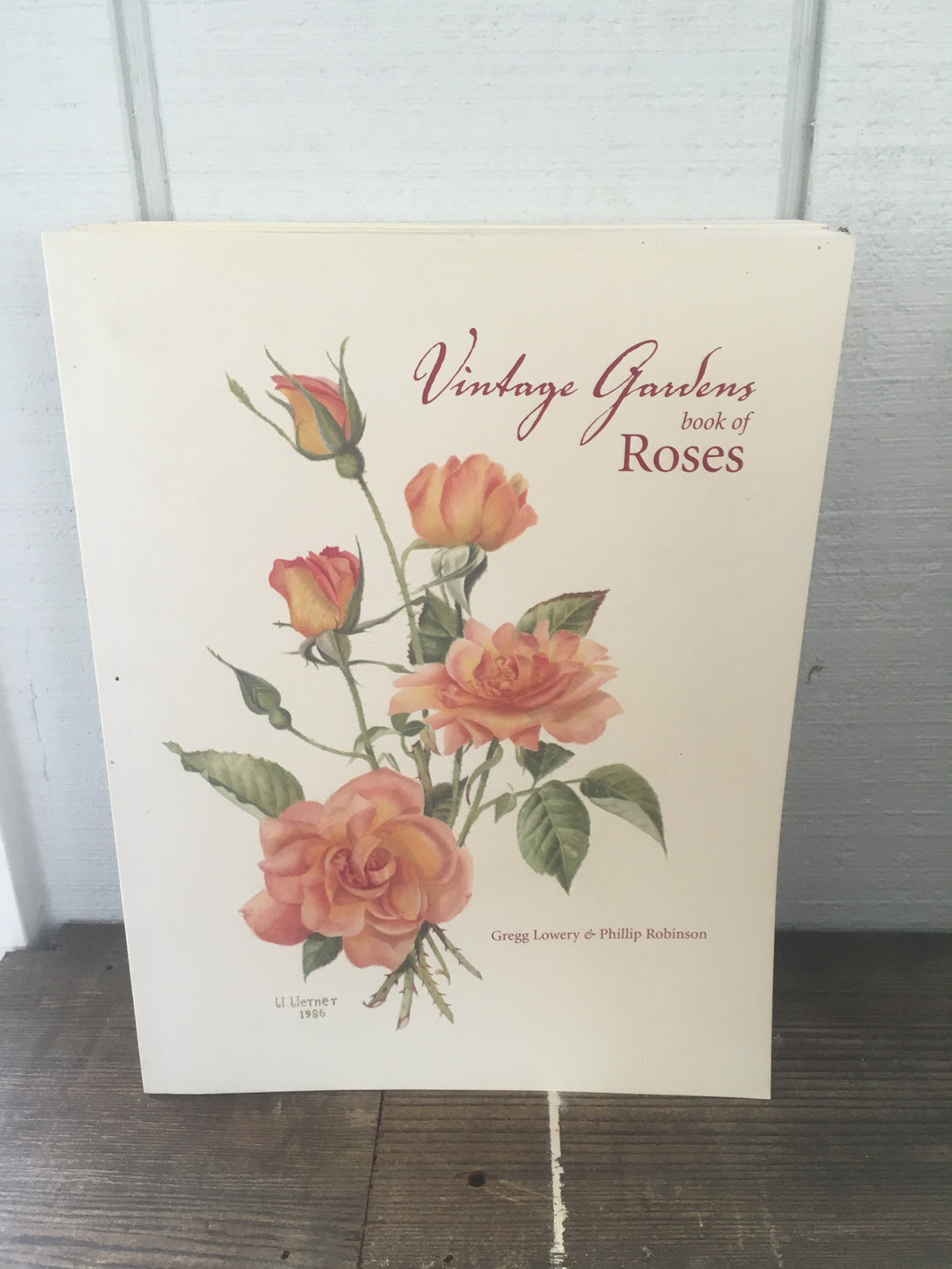 Vintage Gardens Book of Roses