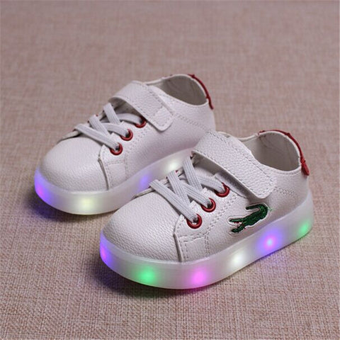 2017 Spring Kids Light Up Shoes For Children Shoe Led Infant Glowing Sneakers Boys Girls Casual leather Sport Shoes