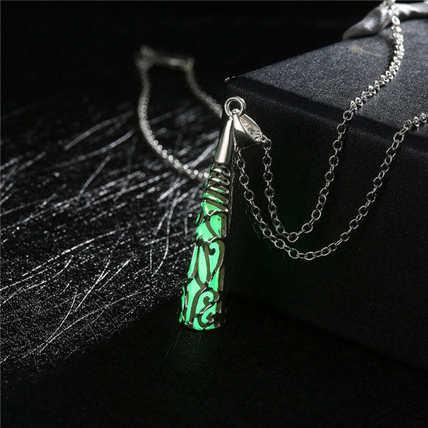 17KM 2016 New Statement Neclace Hollow Out Heart Pendant Glow In Dark Long Necklace For Women Water Drop Glowing Maxi Necklace