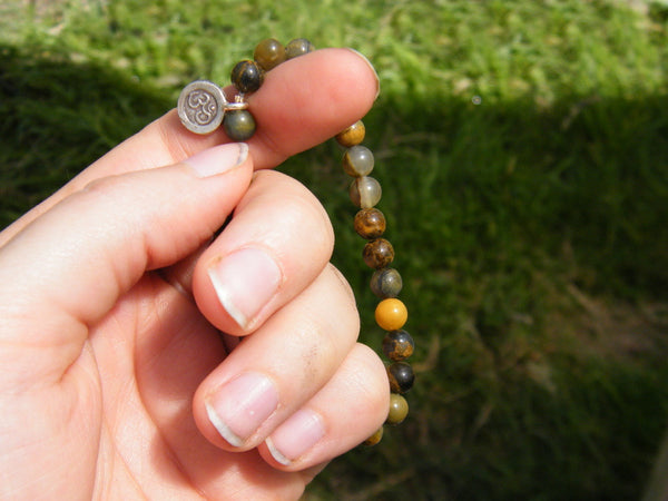 Energizing Pocket Mala - Pietersite Pocket Mala