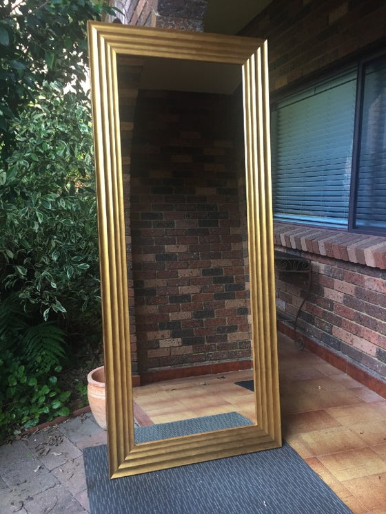 Aged Gold Bold Chunky Wave Mirror