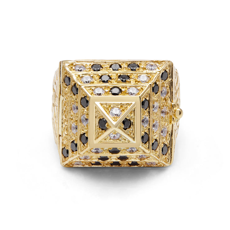 Maxi Gold Pyramid Ring