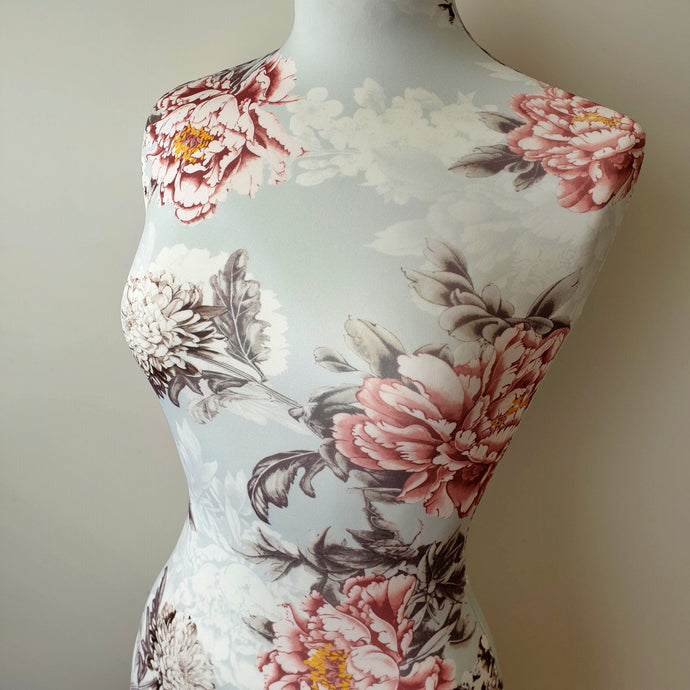 Mannequin Cover Floral Acantha
