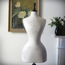 Sophia In Grey Wasp Waisted Mannequin