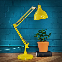 DESK AND TABLE LAMPS