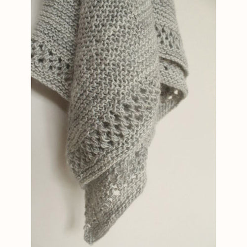 Free Knitting Pattern - Manos del Uruguay Onete Scarf - Downloadable PDF