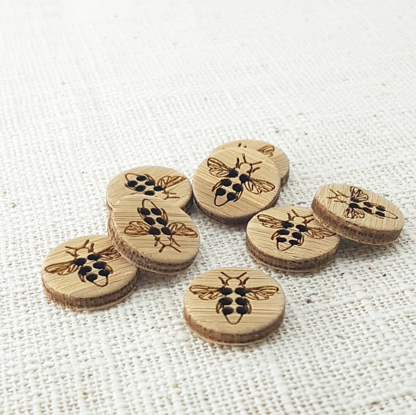 Katrinkles Honeybee Bamboo Buttons - 5/8""