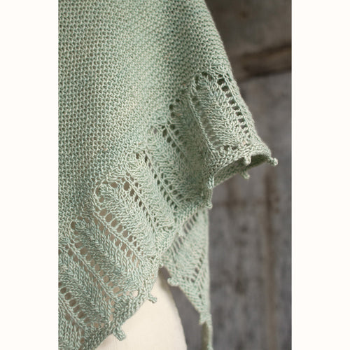 Free Knitting Pattern - Manos del Uruguay Pluma Shawlette - Downloadable PDF