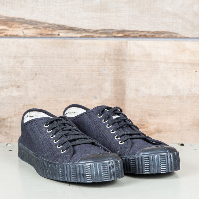 Spalwart Special Low Black