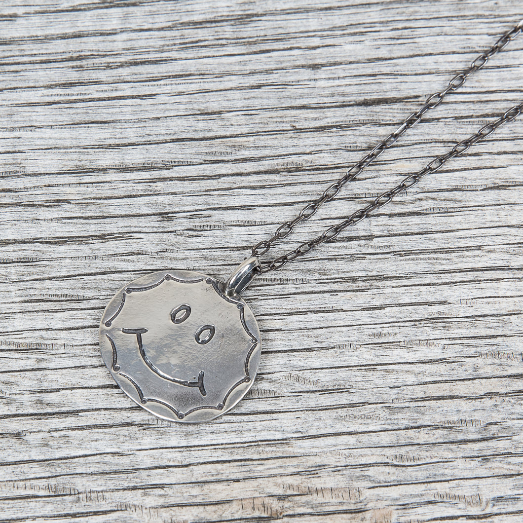 Munqa Newtive Smiley Necklace