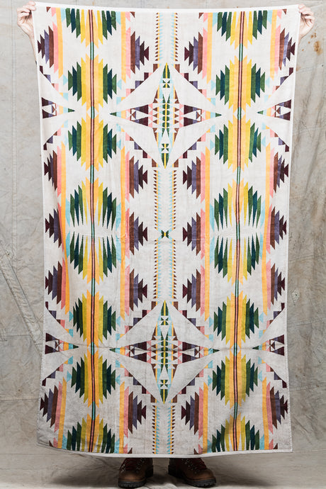 Pendleton Oversized Jacquard Beach Towel Falcon Cove