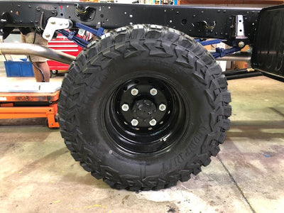 Isuzu NPS 75 4X4 Super single 5 WHEEL Kit, INC STEP AND TYRES
