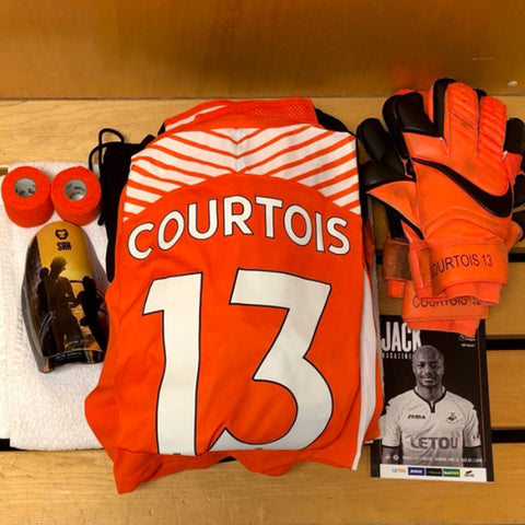 Real Madrid's Belgium goalkeeper Thibault Courtois is another football star who chooses SAK.