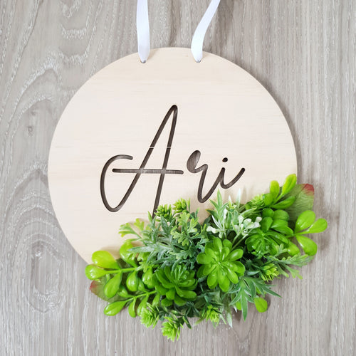 Personalised foliage plaque