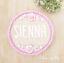 Personalised name plaque. (Vinyl) Pink & White.