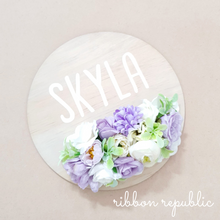 Personalised name plaque. Purple & White.
