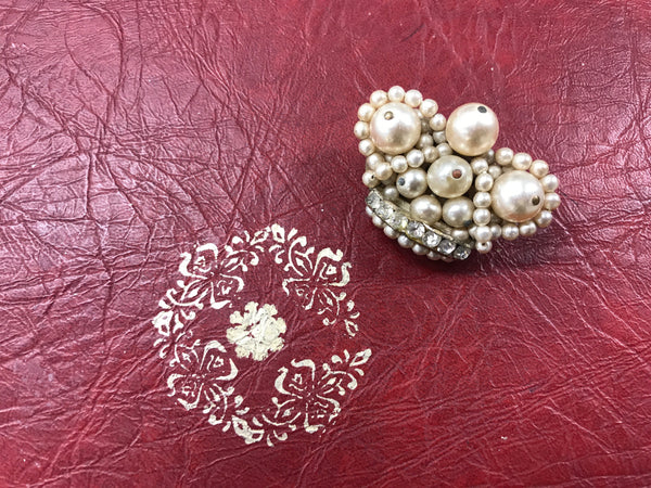 Mid 20th century Diamanté and Costume Pearls Broach