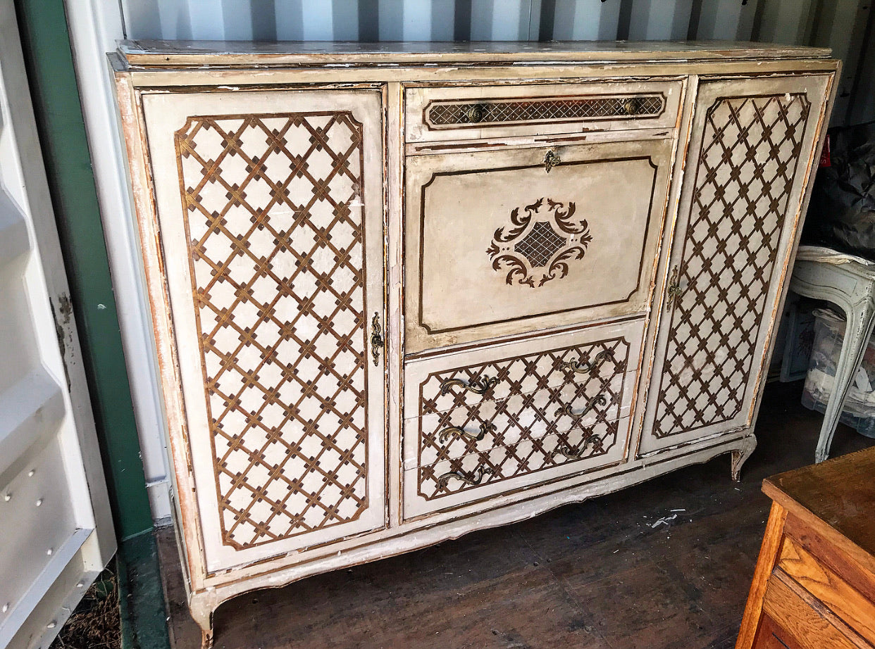 Early 20th century Florentine Dressing Chest