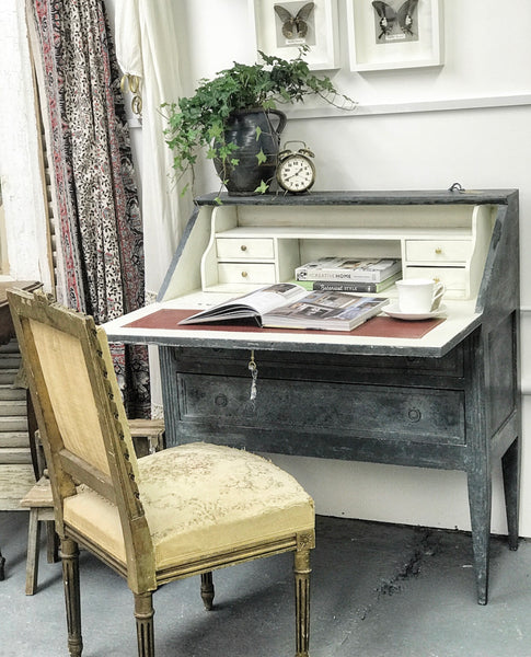 Late 19th century French bureau on tapered legs.