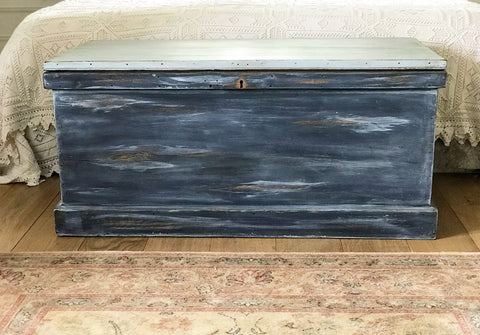 Stunning Late 18th century English Elm Blanket Trunk in Later Paint