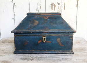Early 20th century Cachet Box