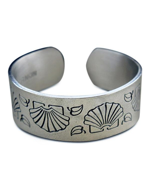 Mount Vernon Martha's Shell Pewter Bracelet - SALISBURY PEWTER - The Shops at Mount Vernon