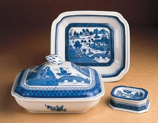 "Blue Canton 10"" x 9 ¼"" Covered Vegetable Dish - MOTTAHEDEH & COMPANY, INC - The Shops at Mount Vernon"