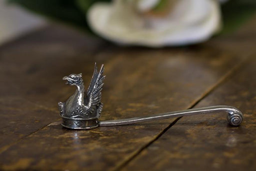 Mount Vernon Classic Griffin Snuffer - SALISBURY PEWTER - The Shops at Mount Vernon