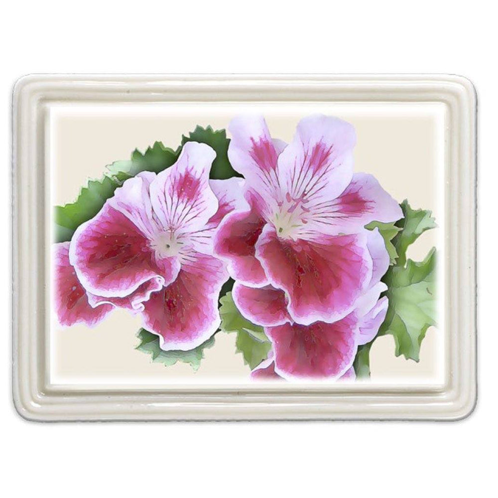 Geranium Magnet - DESIGN MASTER ASSOCIATES - The Shops at Mount Vernon