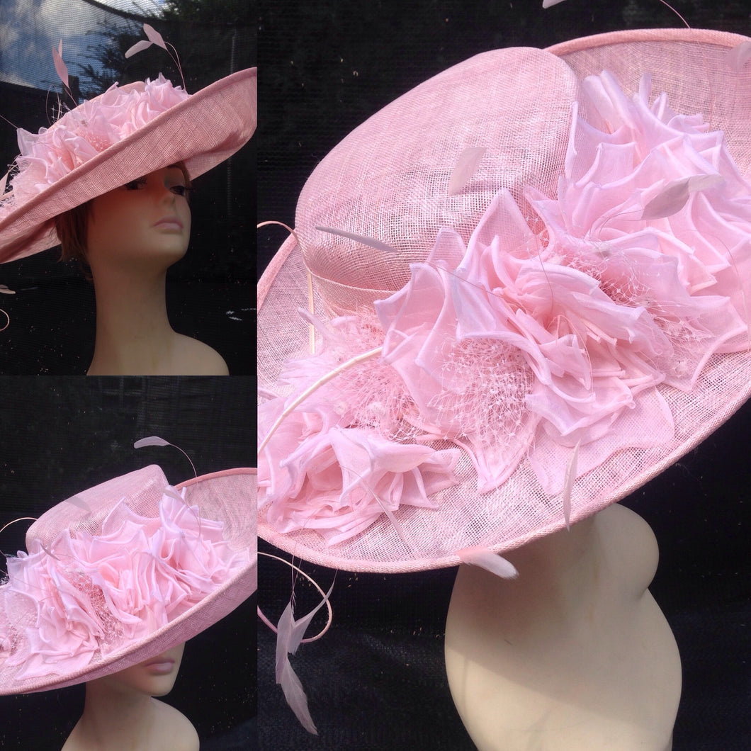 Wide Brim Sinamay turn-up Hat Enrich with Organdie Flower