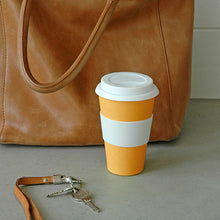 "Bambusbecher ""to go"" large, orange mit Ledertasche"