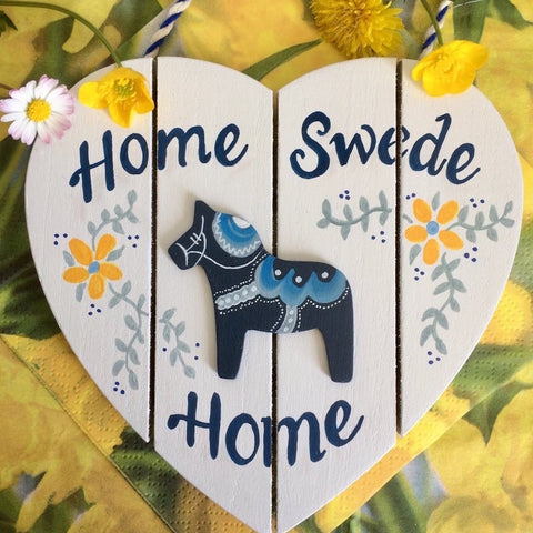 Dala Horse Handpainted Welcome Sign