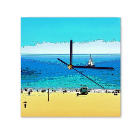 WALL CLOCK / SQUARE 01 - AT THE BEACH