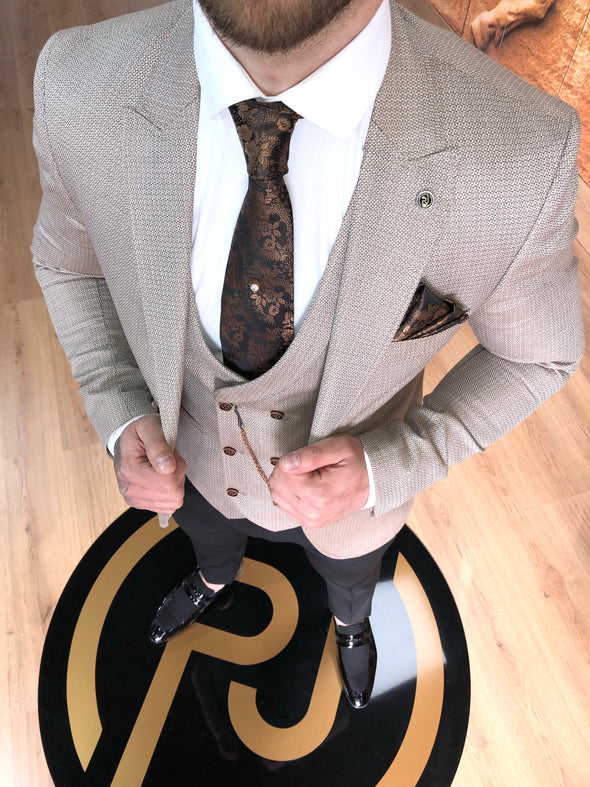 Shelton - Beige 3 Piece Suit