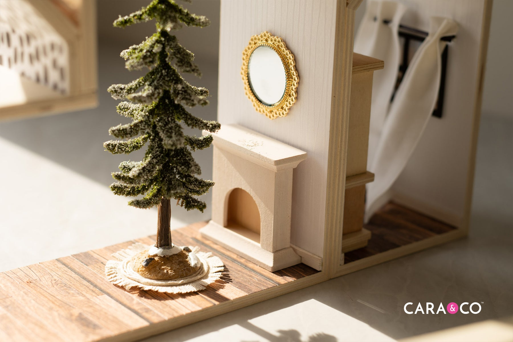 DIY dollhouse Christas tree