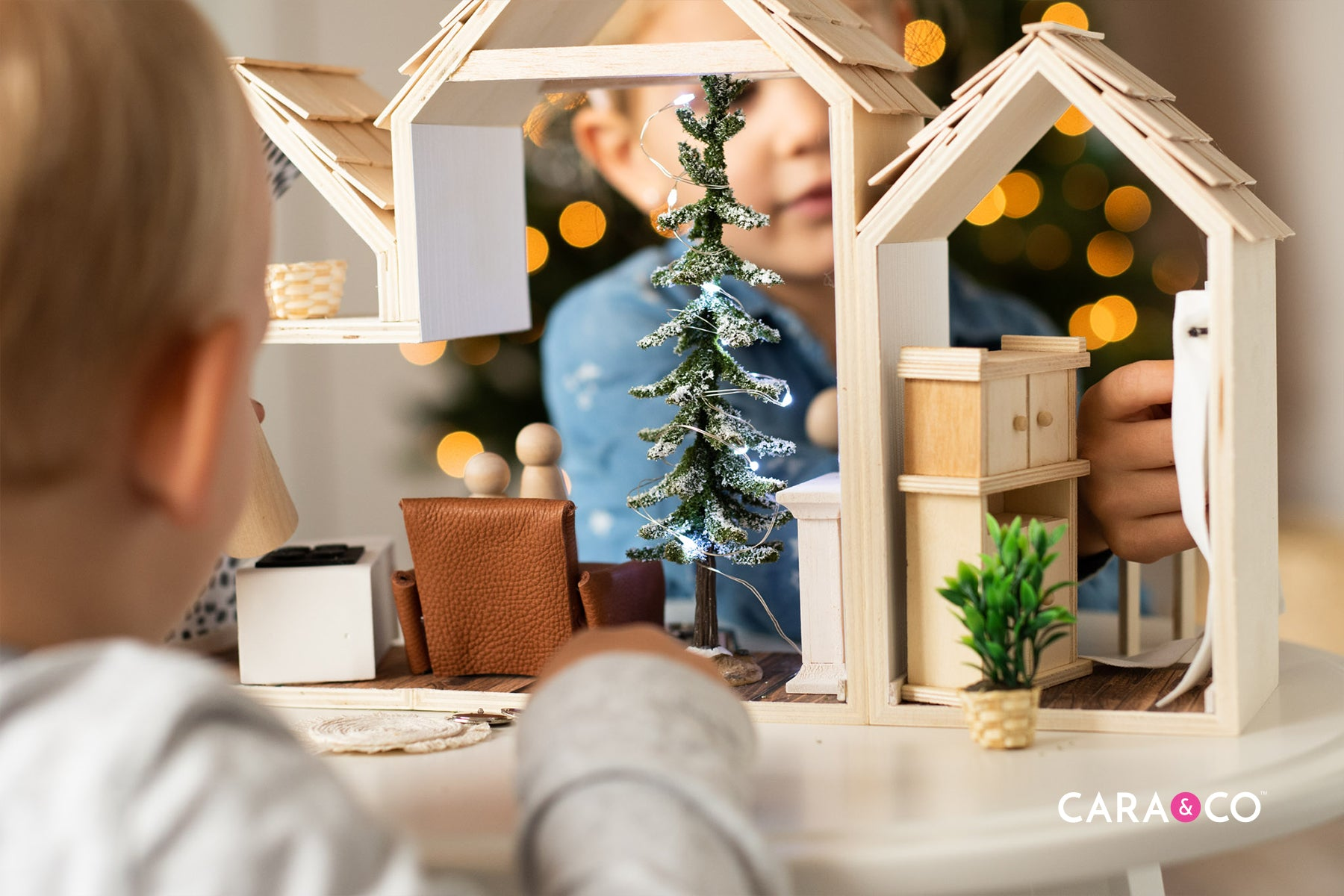 DIY dollhouse children's Christmas gift ideas