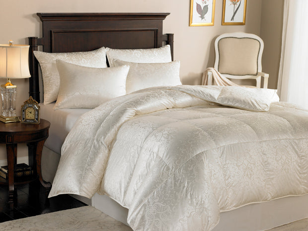 Downright Eliasa 920+ Canadian White Goose Down Comforter w/ Silk Cover - Natural Linens